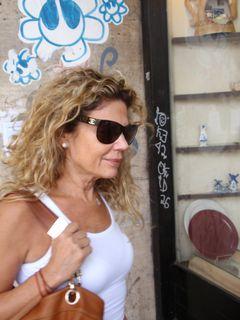 Tel aviv markets streets 045