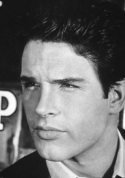 Warren_Beatty_Biography